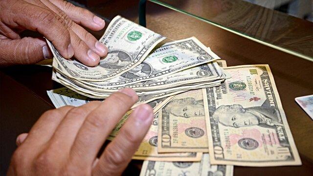 Dolarda sert düşüş: 5.61 liradan işlem gördü