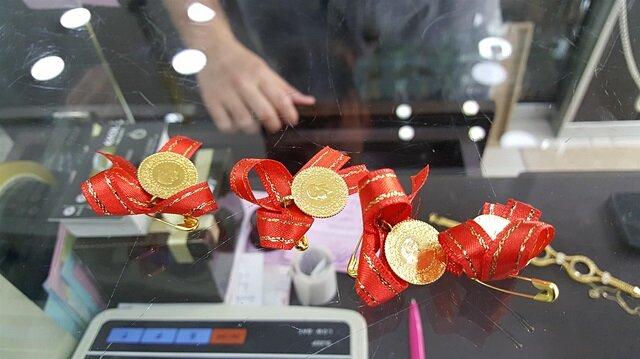 Dolardaki düşüş altını da etkiliyor: Uzmanların çeyrek ve gram altın yorumu