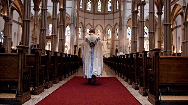 ABD'de Katolik rahip 'cinsel istismar' suçlamasını kabul etti