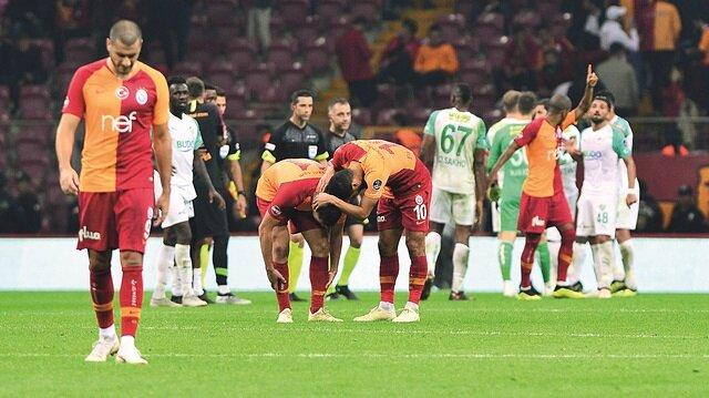 Yaralı aslan Bursa'da takıldı