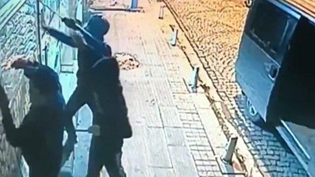Kuruyemişçiden 20 bin liralık hırsızlık kamerada