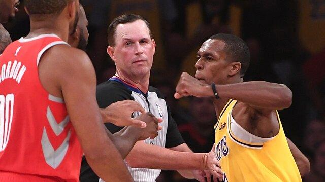 NBA'de yumruklar konuştu