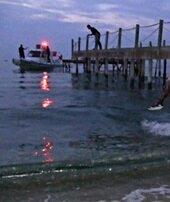 30 mülteciyi taşıyan tekne battı