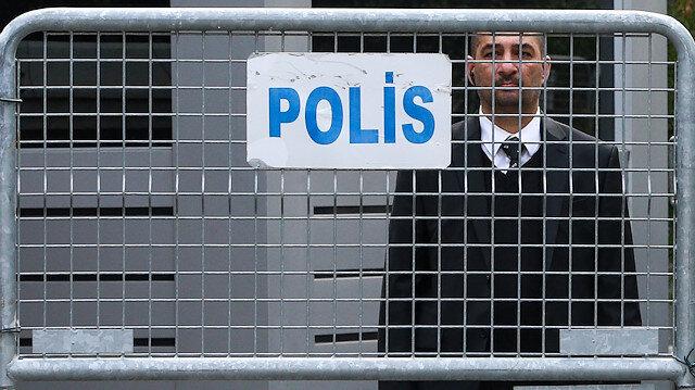 Suudi Arabistan İstanbul Başkonsolosluğu'nun önünde güvenlik önlemleri devam ediyor.