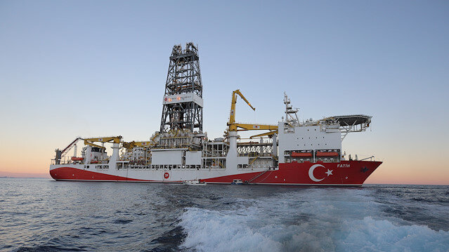 Turkish drilling vessel sets off for its first deep drilling project in Mediterranean