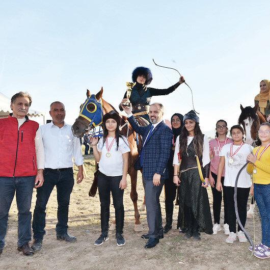 Rahvan atları Kupa için yarıştı