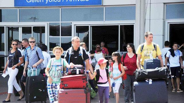 9 ayda 37 milyon turist 23 milyar $ gelir