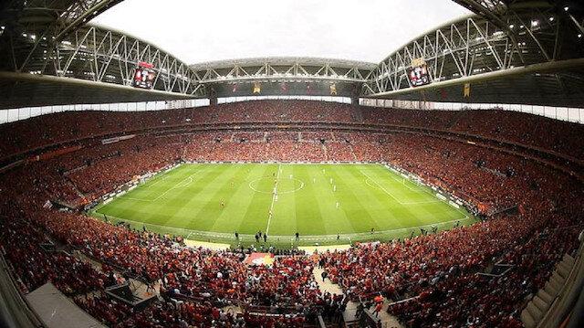 Türk Telekom Stadı'nda Kemal Özdeş sürprizi