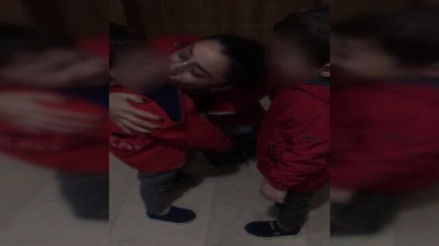 Annesinden ayrılmak istemeyen çocukların feryadı yürek dağladı