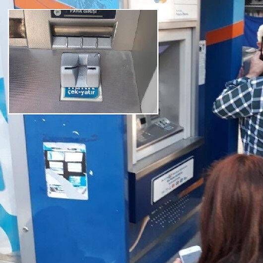 Kadın müşteri şüphelendi ATM'deki düzenek bulundu