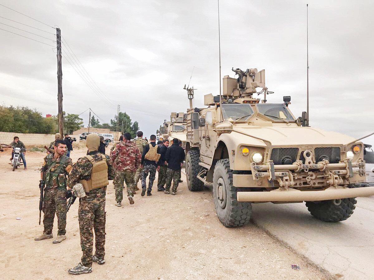 ABDli askerler YPGyle birlikte sınır nöbetinde 65