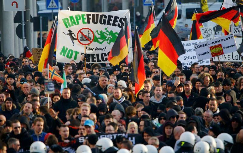 Özellikle Avrupa'da artan milliyetçilik göçmen karşıtı protestoların artmasına sebep oluyor.