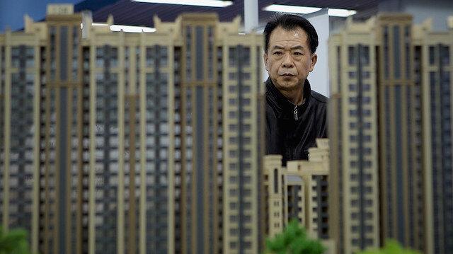 Çin'de kişi başına sadece 50 bin dolara kadar döviz alımına izin veriliyor.