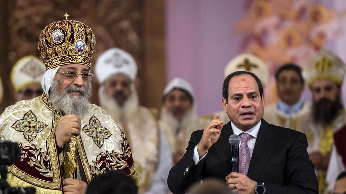 Kıptî Kilisesinin Sisi ile yakınlığı Mursi destekçilerinin tepkisini çekti.