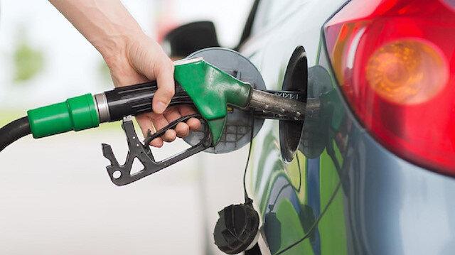 Benzine yapılan indirim pompa fiyatlarına yansırken motorinde bu indirim pompa fiyatlarında görülmeyecek.