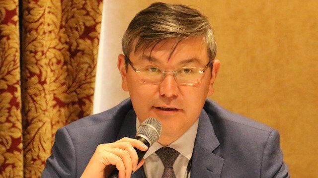 السفير الكازاخي لدى تركيا أبزال ساباربيكولي