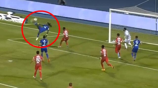 Gomis'ten Galatasaray taraftarına iç çektiren rövaşata golü