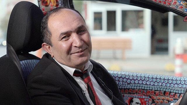 Şehit ailelerini ücretsiz taşıyan vefalı taksici