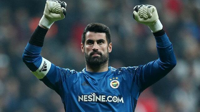 17 sezondur Fenerbahçe forması giyen Volkan Demirel, bu sezon takımda kadro dışı bırakılan 3 isimden biri oldu.