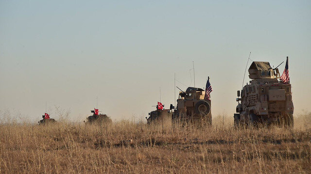 Turkish and U.S. troops are pictured during a joint patrol around Manbij, northern Syria November 1, 2018. Picture taken November 1, 2018.