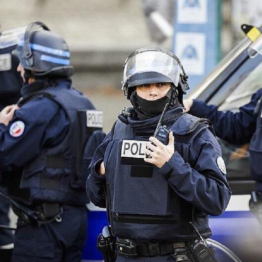 الشرطة الفرنسية توقف شخصا بتهمة الإساءة لماكرون