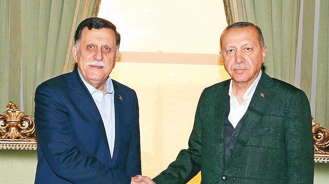 Cumhurbaşkanı Erdoğan, İstanbul'da Libya Başkanlık Konseyi Başkanı Fayiz es-Serrac'ı kabul etti.