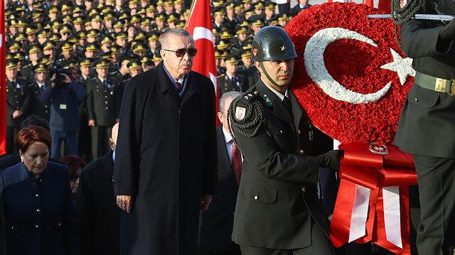 Devlet erkanı Anıtkabir'i ziyaret etti.