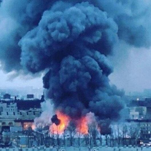 Rusya'daki AVM'de yangın: 800 kişi tahliye edildi