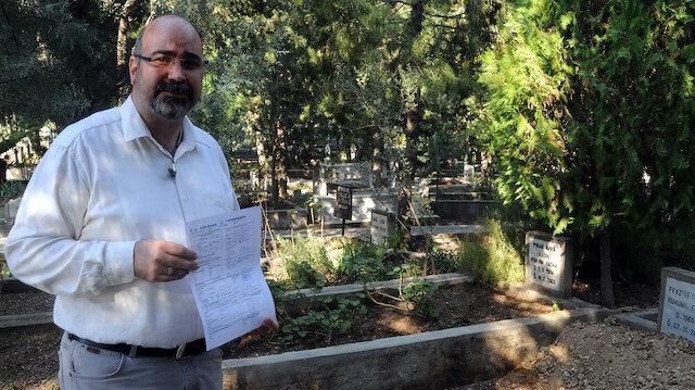 Annesiyle başka bir kadının cenazesinin karıştığını söyleyen Ulus İritaş, yetkililerden yardım istedi.