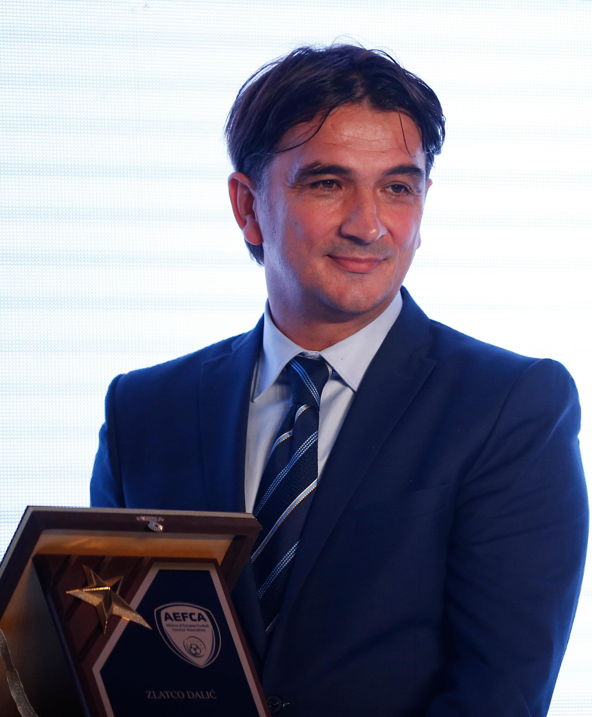 Dalic, Avrupa'da yılın en iyi antrenörü ödülünü aldı.