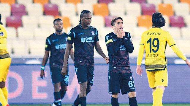 Trabzonspor, bu sezon özellikle dış sahada dağıttığı puanlarla dikkat çekti.