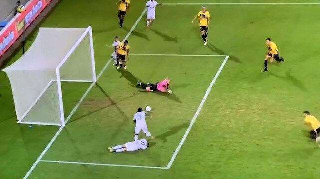 Habibou'nun golü izleyenleri şaşkına çevirdi
