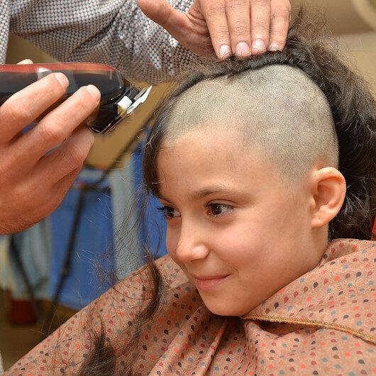 Lösemili çocuklara saçlarını bağışladı