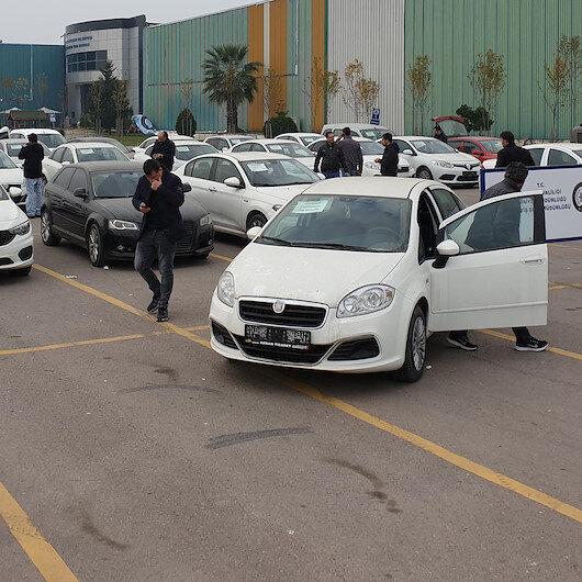 'Düzenbazlar' yakalandı: 100 araç ele geçirildi