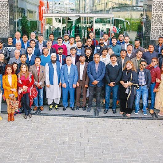"""على مائدة الأخوة والعمل.. القنصل الباكستاني يزور شركة """"ألبيرق"""""""