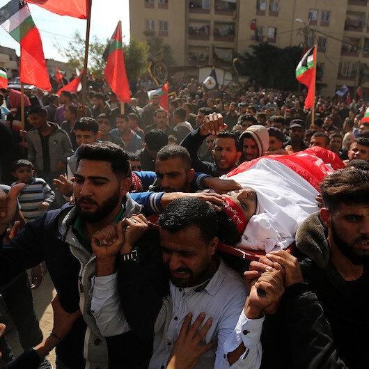 تشييع جثامين 4 فلسطينيين استشهدوا بغارات إسرائيلية على غزة