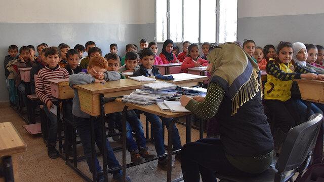 مدارس عفرين مفتوحة من جديد.. 45 ألف طالب يدرسون فيها