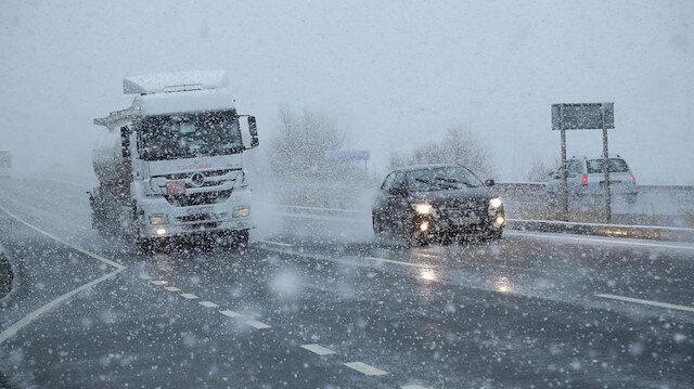 Meteoroloji uyardı: Kar İstanbul'un kapısına dayandı