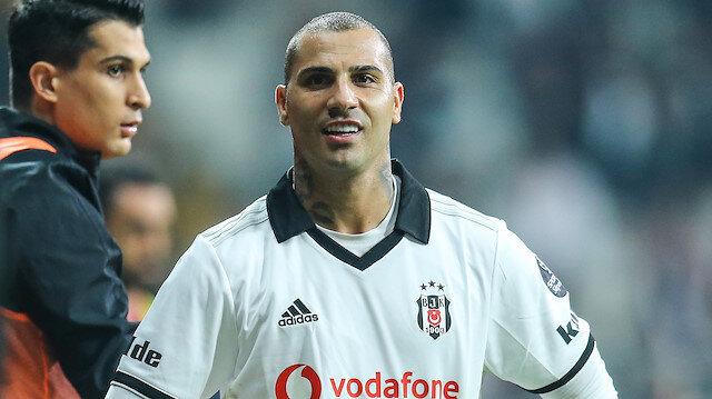 bd53c1aa93 Quaresma bu sezn siyah-beyazlı formayla çıktığı 17 maçta 3 gol atarken 11  de asist