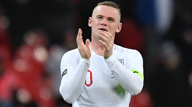 Rooney milli formaya veda etti