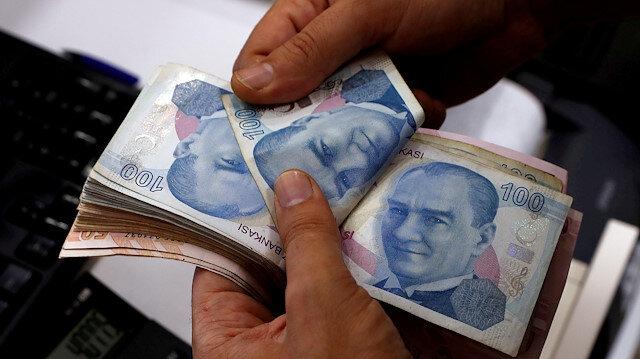 Turkey's short-term external debt stock slips in Sept.