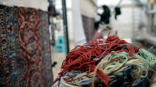 Iranian carpets still hold own on international markets