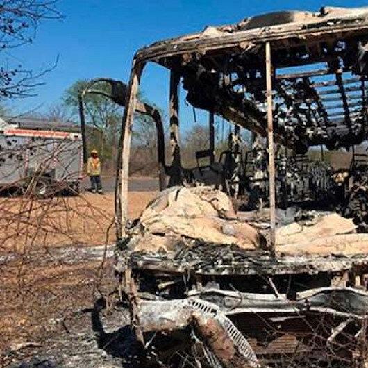 مصرع 42 شخصًا جراء حريق بحافلة في زيمبابوي