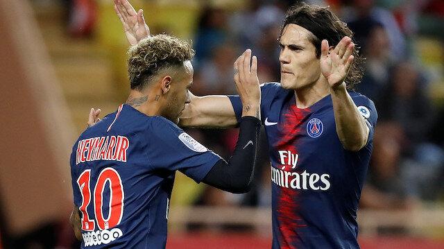 Neymar-Cavani husumeti devam ediyor