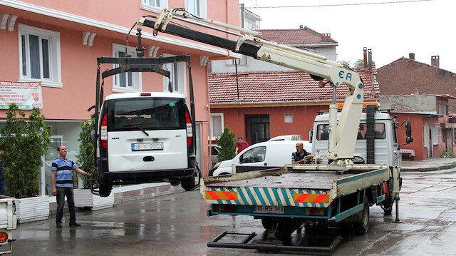 Araçları çekme görevi polisten alınacak