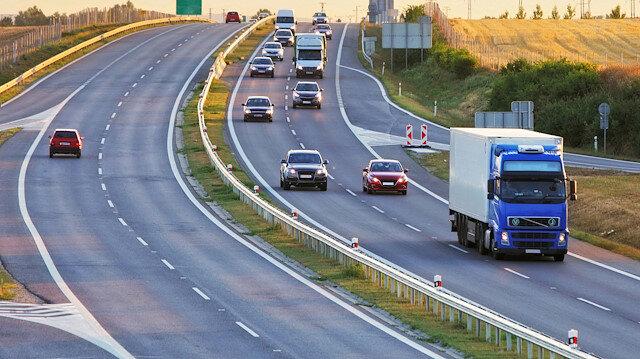Bakan Soylu açıkladı: Otoyollarda hız sınırı yükseliyor