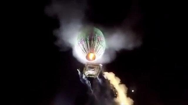 Balondan düşen havai fişekler kalabalığın üstünde patladı