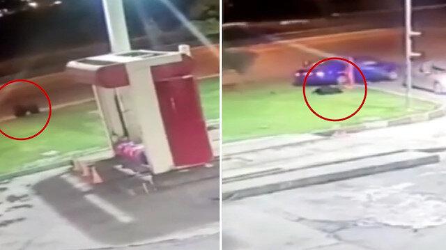 Otomobilin çarptığı 2 kişi metrelerce sürüklendi