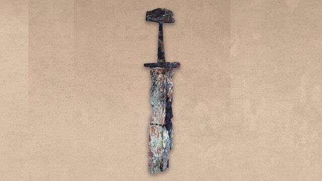 Antalya'da 1000 yıllık Viking kılıcı bulundu