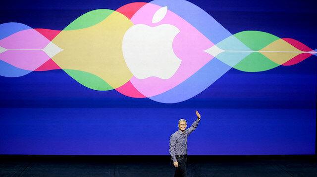 Apple'ın 2016 Eylül ayında gerçekleştirdiği etkinlikte Tim Cook sahneye çıkarak Siri güncellemelerini sunmuştu.